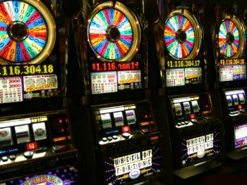 Правительство Албании одобряет возвращение казино спустя два года