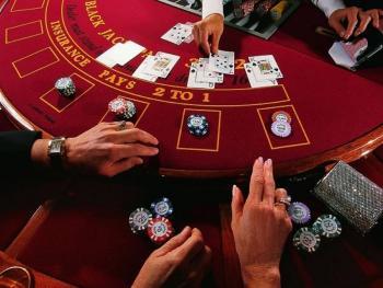 Як українці ставляться до легалізації азартних ігор?