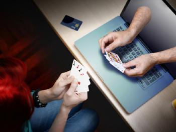 Девушка проиграла 1 миллион фунтов стерлингов в онлайн-казино