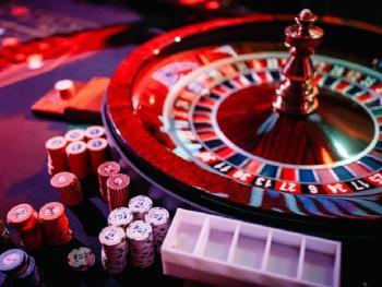 Кто из знаменитостей любит играть в казино?