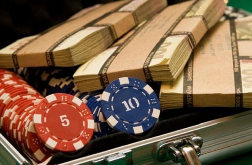 Азартные игры в Украине легализуют под присмотром российской ОПГ