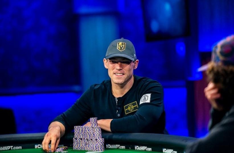 Алекс Фоксен выиграл более 1,5 миллиона долларов