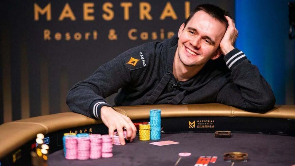 Белорусский покерист одержал победу в покерном турнире за 50 тысяч долларов