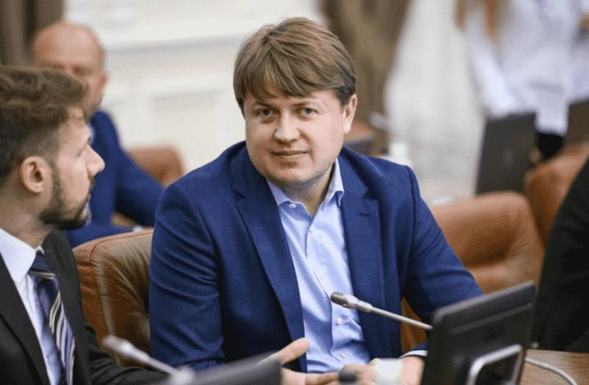 Андрей Герус указал в электронной декларации карточные долги