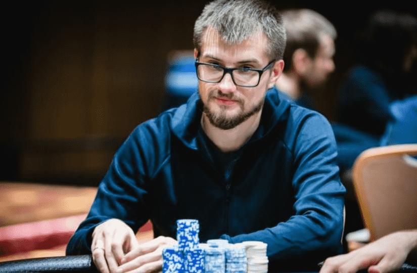 Виктор Устимов одержал победу в двух ивентах High Roller Club на PokerStars