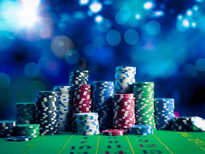 Канадская полиция обыскала подпольное казино в особняке стоимостью $9,000,000