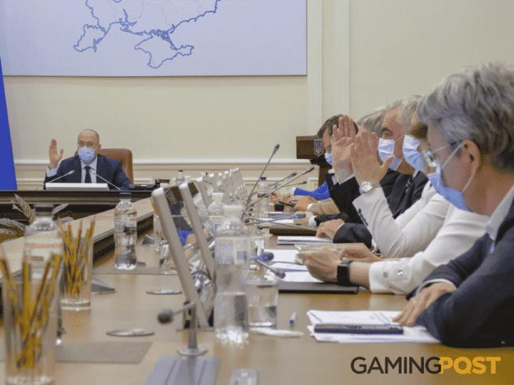 В проект бюджета на 2021 год заложили доход от продажи лицензий на азартные игры