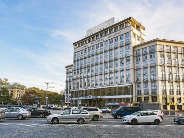 Гостиница «Днипро» станет не киберотелем, а казино