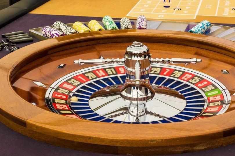 Комиссия по азартным играм Великобритании исследует взаимодействие операторов и игроков