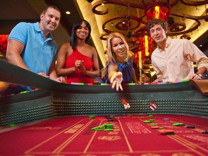 How men and women gamble