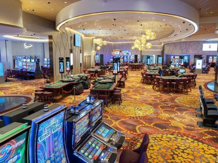 На Кипре вновь открываются казино